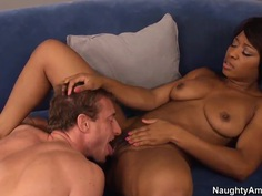 Black gorgeous slut suck white cock and gives her vagina for drilling