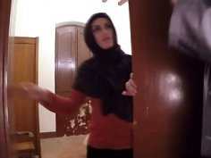 Horny Arab hottie riding long cock in hotel room