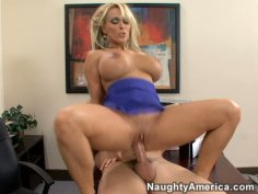 Trembling huge boobs of Holly Halston