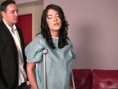 Careless blonde sexpot Stevie Shae gives head to Romeo Price