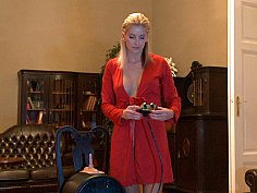 Blonde babe introducing sybian machine