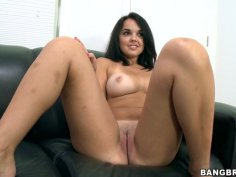 Kinky bitch Dillion Harper rubs her clit and poses on a cam while masturbating
