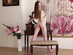 Posing Annett