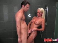 Slutty and voracious tanned blondie sucks a cock in the shower