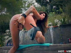 Tattooed Luxurious Babe Orgasms by Pool