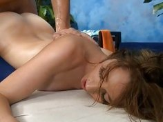Sexy sexy babe fucks and sucks her masseur
