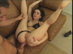 Bonny brunette porn star Renee Pornero does anal with ease