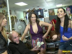 Three slutty chicks can pay with something else than money