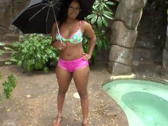 Ebony chick Jayden Starr wags her big bottomed ass