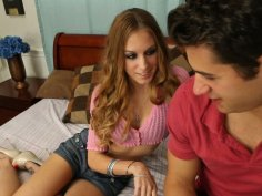 Sexy blonde Alexis Paige asks her boyfriend to forgive him