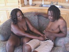 Fat ass Black Beauty gives a head and gets nailed doggy style
