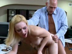 Chemistry lesson turns into fucking practice with Rylie Richman